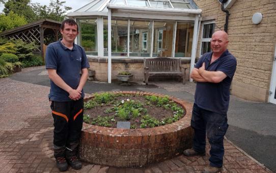 Flowers brighten up Crowborough Hospital